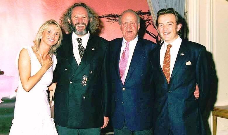 El rey Juan Carlos y la princesa Corinna zu Sayn-Wittgenstein pareja de cazadores 13