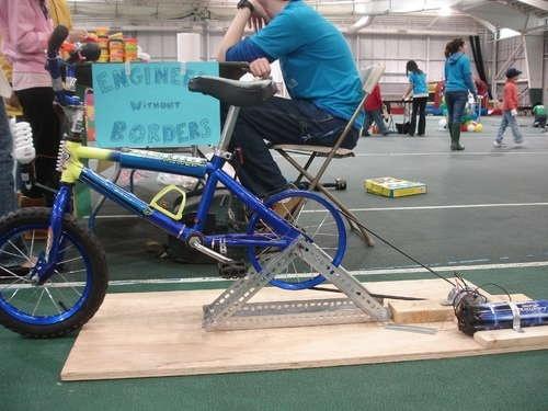 Manual de como construir tu propia bici-generator de electricidad 12
