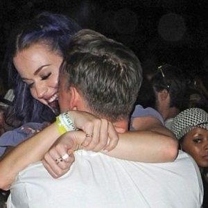 Katy Perry se mostró junto a su nuevo novio 2