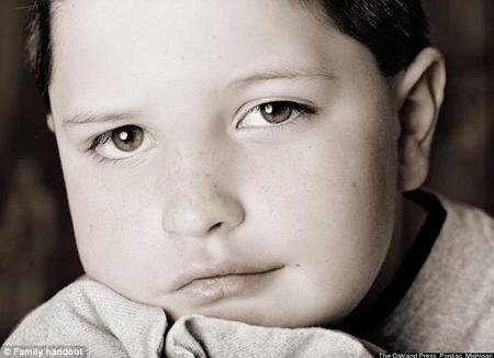 Niño de 9 años con cáncer cerebral pidió a su madre que lo deje morir 14