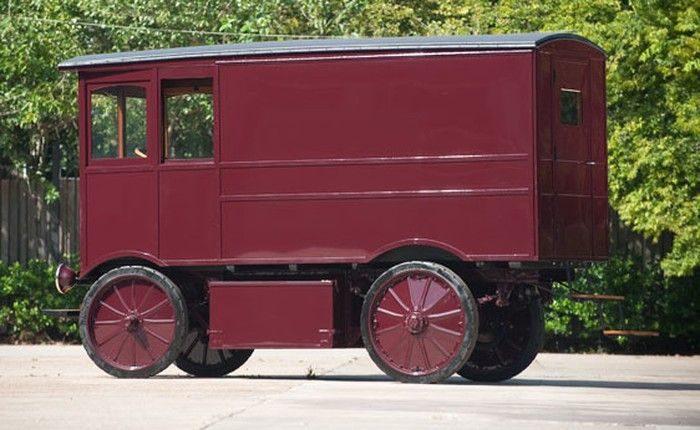 Coche eléctrico de 1909 vendido en eBay por 100 Mil euros 14