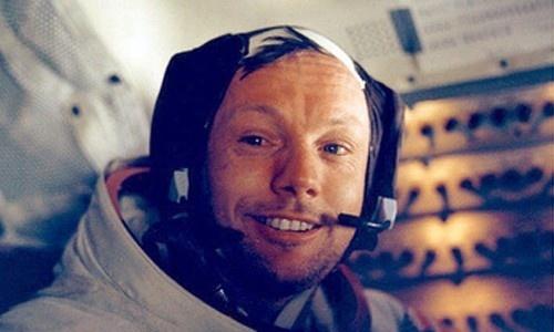Rompió el silencio Armstrong, el primer hombre en pisar la Luna 9