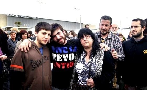En libertad los 3 jóvenes detenidos en Barcelona el 29-M tras 35 días de cárcel 10