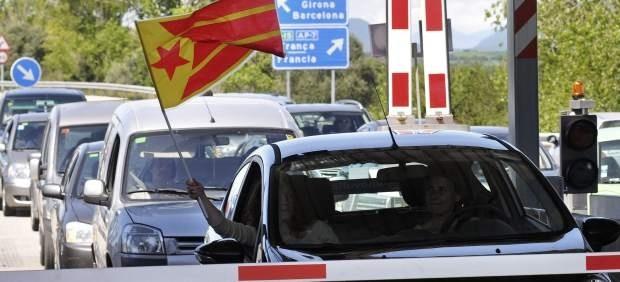 Largas colas en los peajes de Cataluña por la protesta #NoVullPagar 23