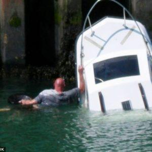 Compra un barco llamado Titanic II y se hunde en el viaje inagural 21