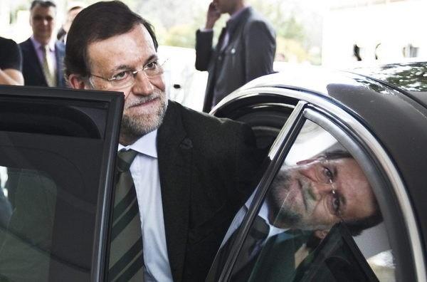 Los Españoles desconfían de Rajoy 13