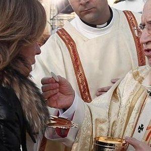No rotundo de Ana Botella a que la Iglesia pague impuestos 27