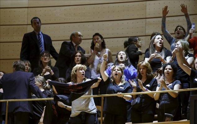 """Las mujeres de los mineros, expulsadas del Senado """"como delincuentes"""" 12"""