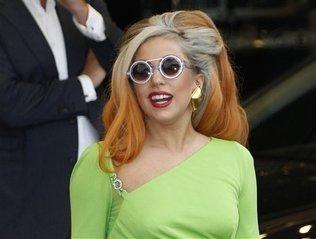 Lady Gaga se golpea la cabeza durante concierto en Nueva Zelanda (VIDEO) 2