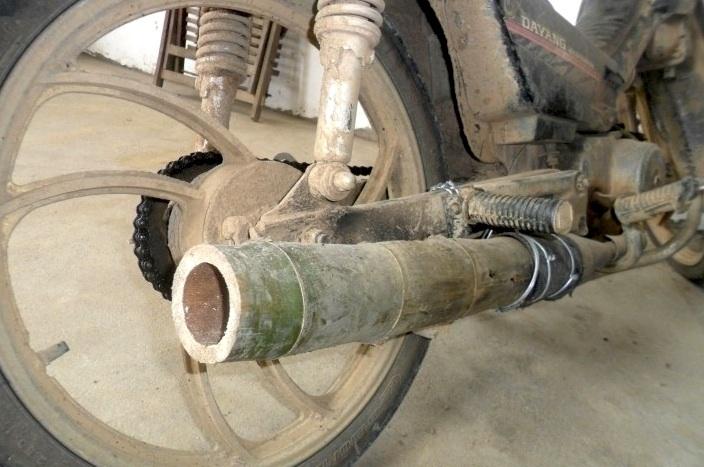 393ccf232eeba2c1aca5c27106150ff3 - Fiebre en China por los tubos de escape de bambú tras un reportaje emitido en TV