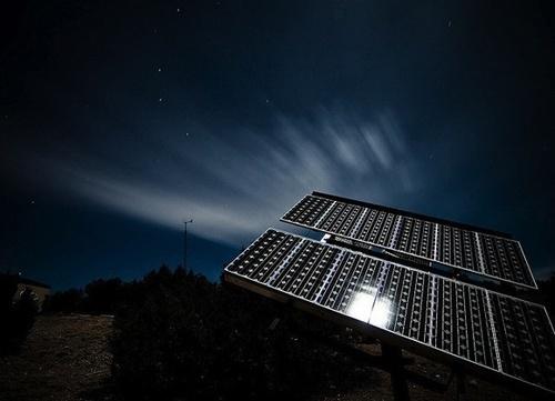 446f4fe6ef4f25b5f1cbd0e741da76b3 - Científicos desarrollan panel solar que funciona en la oscuridad
