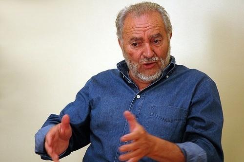 657a61d5be38e5f09dbe4ec92d0584ab - Julio Anguita, dispuesto a volver para ser el referente de una operación política para cambiar el país