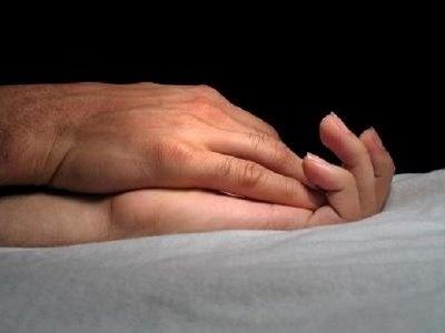 a82521355ffa5d7455a02ef1e9aeb10d - El curioso efecto que provocan las manos de los hombres al tocar a una mujer