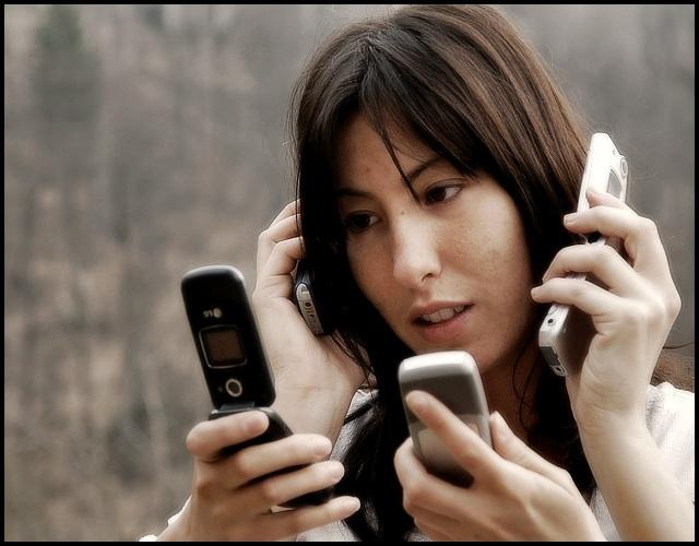 Nomofobia: El 53% de los españoles sufre ansiedad o miedo si olvida el móvil en casa 12