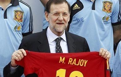 Niño mal criado: Rajoy prefiere ir al fútbol que condenar una dictadura 9