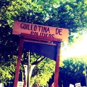 La guillotina del amor 24