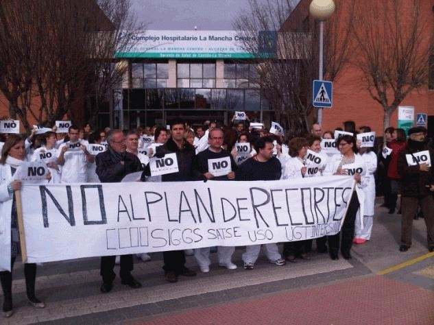 #recortes Cospedal quita el agua mineral a los enfermos de hospitales para ahorrar 13