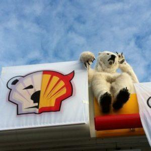 Anonymous se lanza contra la perforación petrolera en el Ártico 24