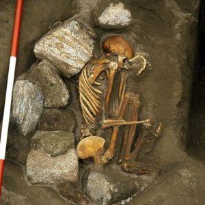 Encuentran dos momias de 3.000 años de antigüedad construidas con los restos de 6 cuerpos 28