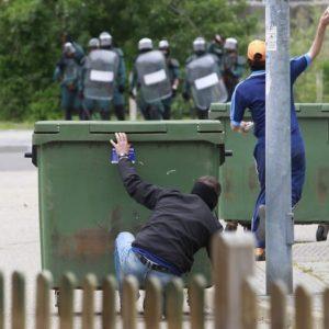 Batalla campal en Ciñera entre guardias civiles y mineros 25