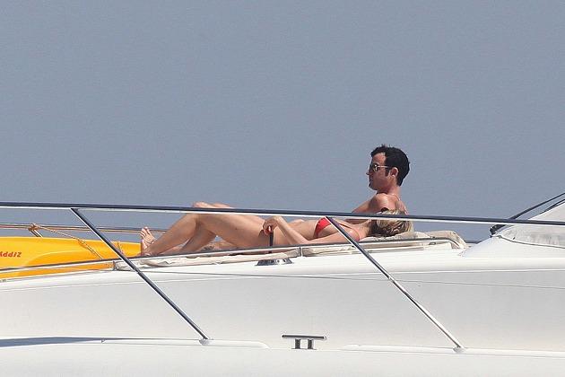 Sin Photoshop pero real: el cuerpazo de Aniston 18