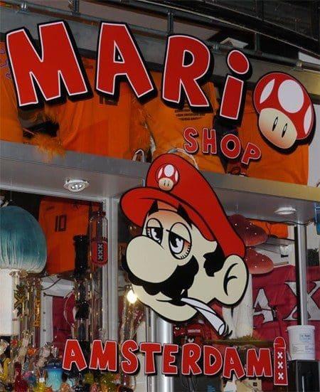 La tienda de drogas de Super Mario Bros en Amsterdam 16