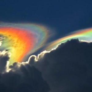 Un extraño arcoíris de fuego sobre el cielo de Florida 21