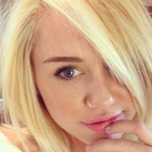 ¡El nuevo look de Miley Cyrus! 23