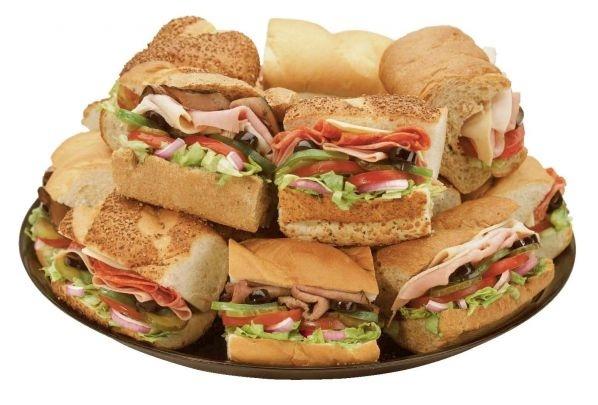 60277dba3282779a3354b72707afd802 - Salen a la venta los sandwiches con alcohol: comés, te llenás y te emborrachás