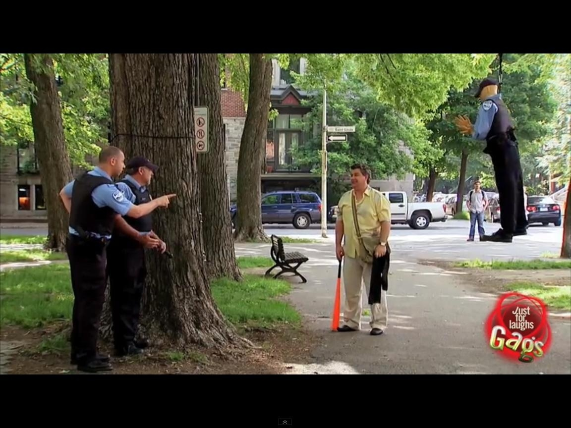 La piñata en forma de Policía 1