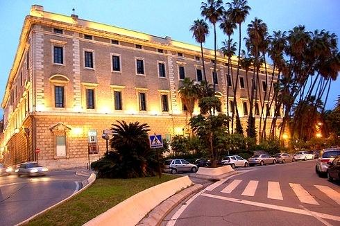 Escándalo en Málaga: Un gran palacio patrimonio del Estado utilizado para celebrar fiestas privadas 13