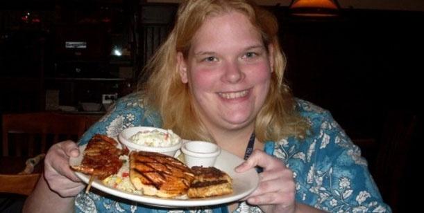 d8220a6ea61707344b31a255b2ce1a04 - Increíble: cada vez que come, tiene un orgasmo
