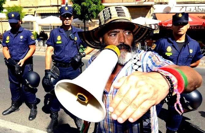 e3bcae0ff7b3b9820d7a1daf4163d2ee - Juan Manuel Sánchez Gordillo no mete la mano en el cazo, Sr. Gonzáles Pons
