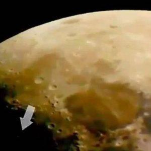 Usuario de YouTube advierte sobre un OVNI en el lado oscuro de la Luna 19
