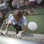 """#Video Alain Robert """"el hombre araña francés"""" escaló edificio en Cuba 9"""