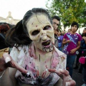 'Hackean' un canal de televisión para transmitir una alerta falsa sobre zombies 8