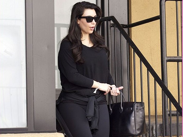 3e4b3d256a2531e5e21a869496b34598 - ¿Kim Kardashian, embarazada de gemelos?