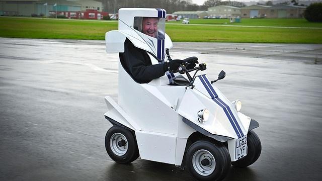 6408056b72e0df42b9dd4870cb84668b - #Video P45 el coche más pequeño del mundo