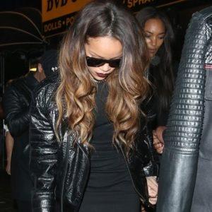 Rihanna fue atacada a botellazos por volver con su ex 27