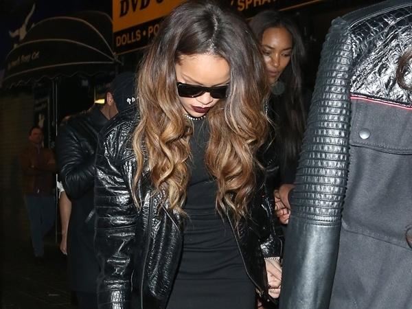 e91f5df61683ad642f80f8746e777635 - Rihanna fue atacada a botellazos por volver con su ex