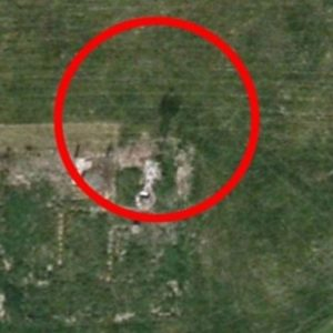 Encontró un fantasma de traje en Google Earth 13