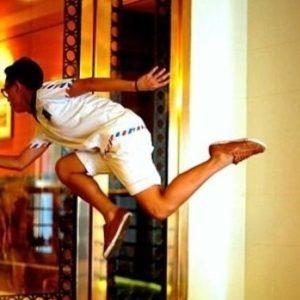 """La increíble """"levitación"""" de gente en Singapur 3"""