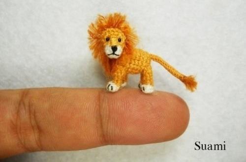 """""""Su Ami"""" pequeños juguetes hechos de hilo 10"""