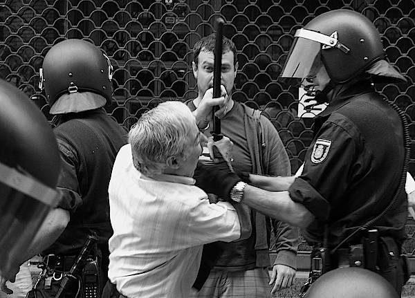 #Video Desahucios en España: cuando la única salida es la muerte 15