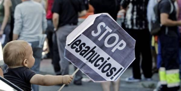 #Video Desahucios en España: cuando la única salida es la muerte 11