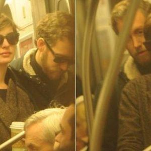 Ganadora del Oscar viajando en metro 21