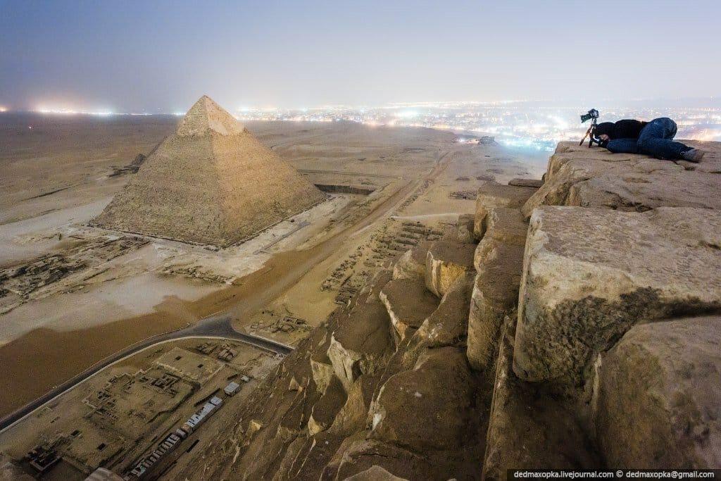 las-fotos-prohibidas-de-la-piramide-de-keops-sus-autores-iran-a-la-carcel-4