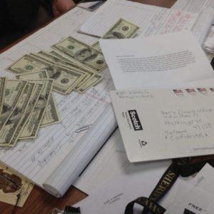 #Video Ladrón devuelve dinero que robó hace 30 años por carta 23