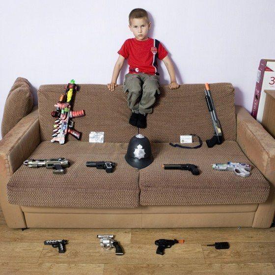 """""""Toy Stories"""" la vida de los niños según sus juguetes 30"""