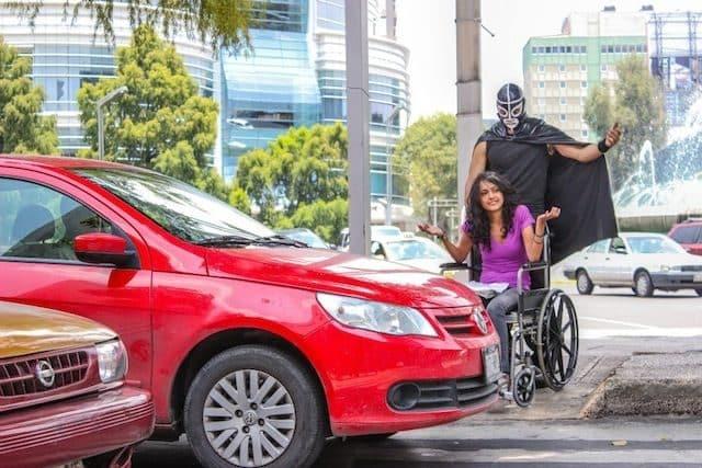 Peatónito, el nuevo superhéroe real que lucha por los derechos de los peatones 20